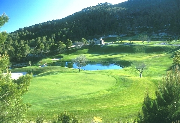 Mallorca Golf Privatkurs - Wasserhinderniss